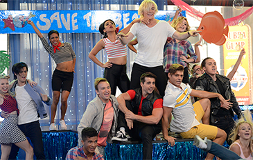 """""""Teen Beach 2"""" Cast Takes Over Good Morning America with """"Gotta Be Me"""""""