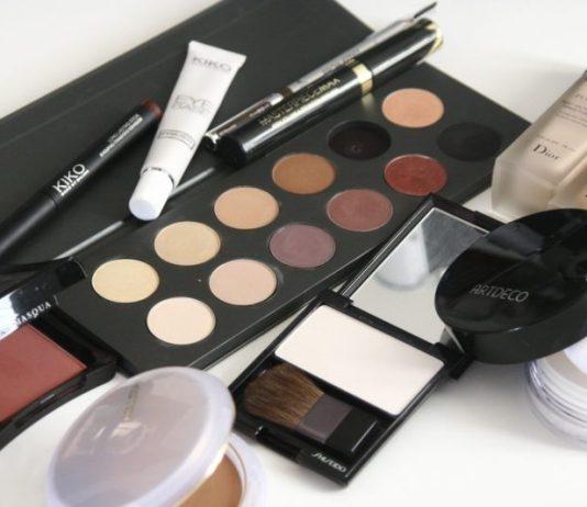 acquisto di cosmetici online