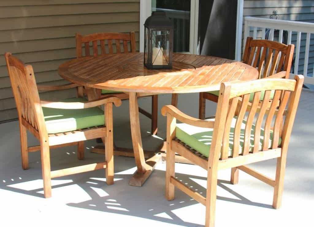 Cleaning Sealing Outdoor Teak Furniture Shine Your Light