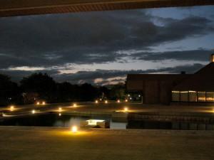 県立美術館の夕暮れ(2008-10-30 撮影)