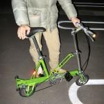 ルイ・ガノの小型自転車。たたむとトランペット・ケースぐらいのサイズになるそうです。