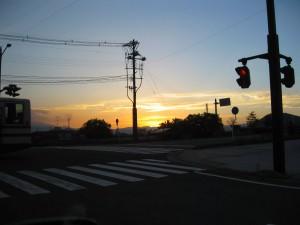 福島の夕日。全然見れません。