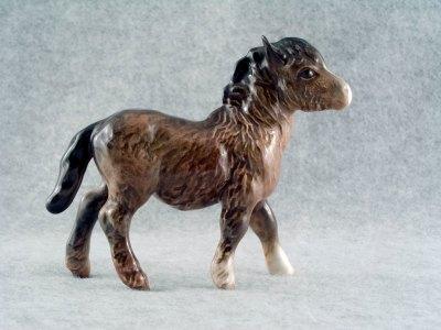 Beswick 1034 Shetland foal