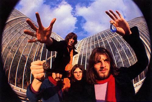 Pink_Floyd_Large_1233758930_crop_500x338.jpg