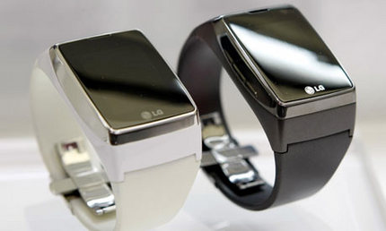 LG-Touch-Watch-on-display-0.jpg