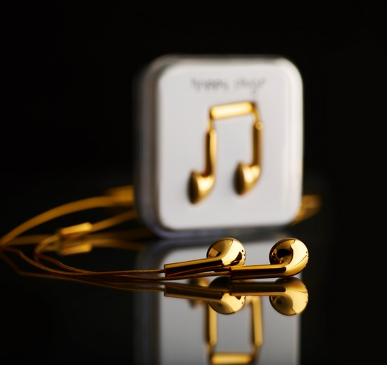 happyplugs-gold.jpg