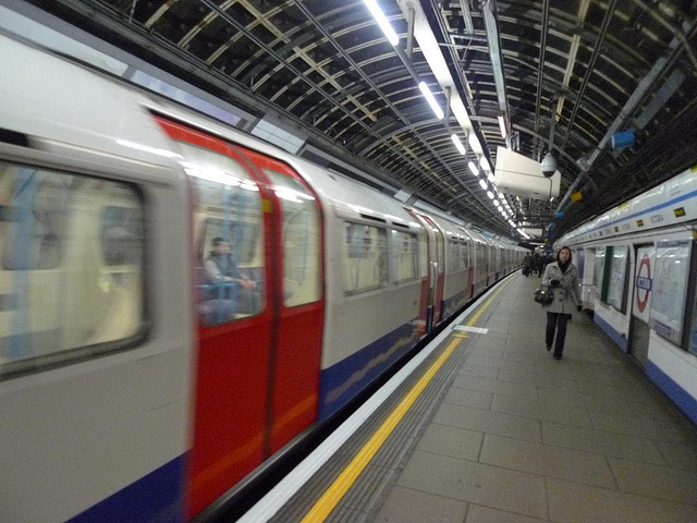 london-underground-blurry.jpg