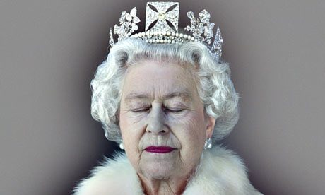 Queen-Elizabeth-II-001.jpg