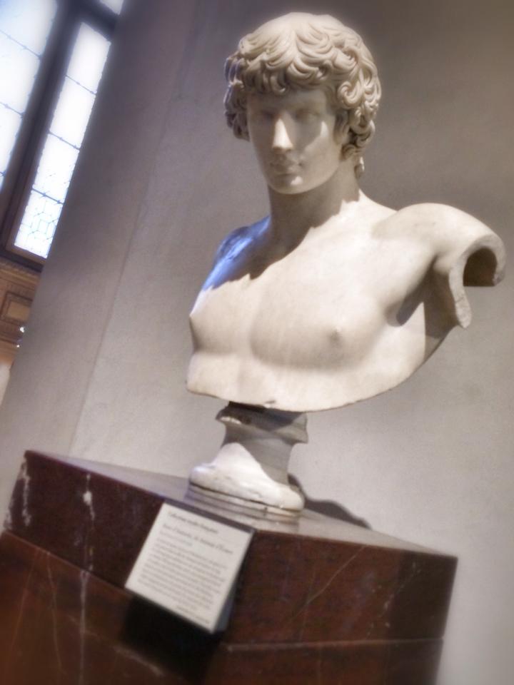 louvre-museum-inside-art-5