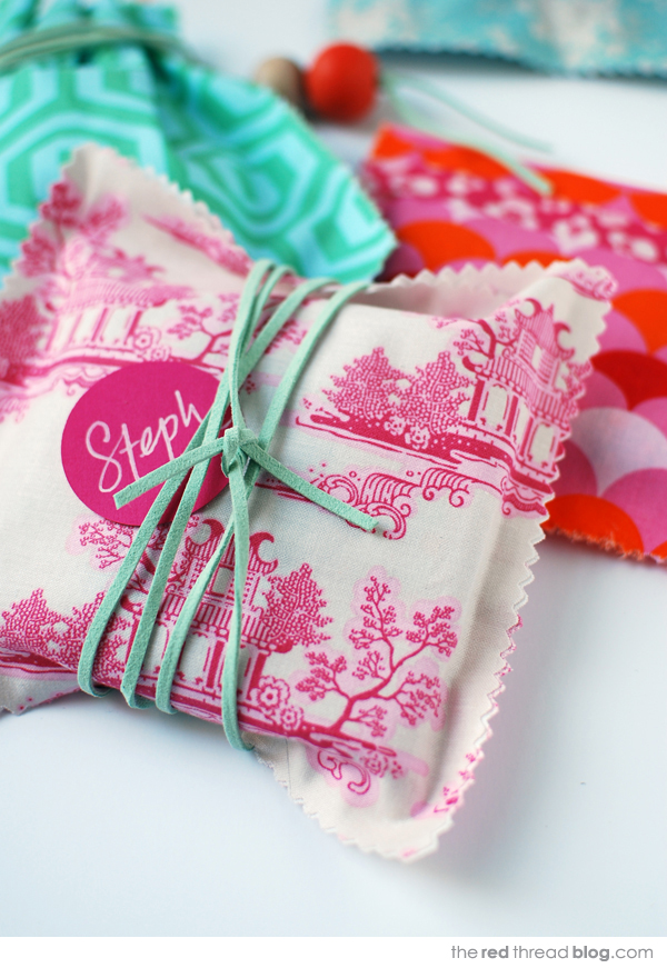 the-red-thread-fabric-gift-bags