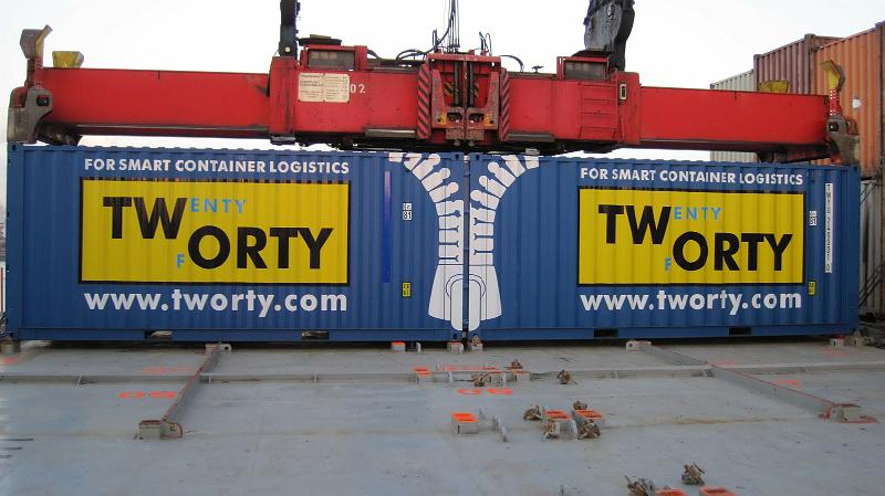Tworty Container