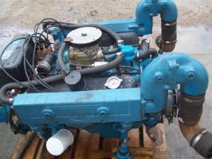 Chrysler Marine 225 225M 318 V8 Motor Engine Chrysler