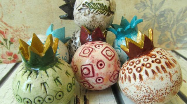 שולחן חג ראש השנה - רימונים מחומר פולימרי - החיים לפי שירלי