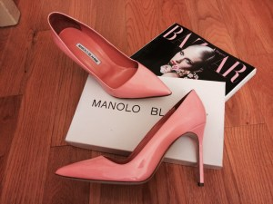 Manolog Blahnik BB Pump in Coral