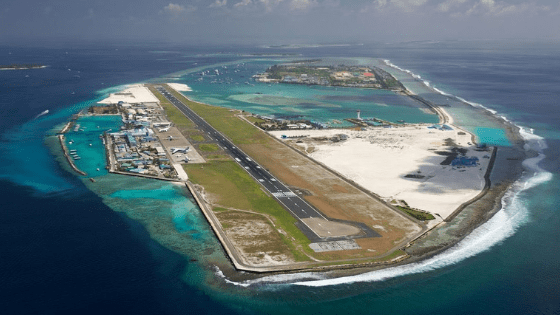 maldives airport - Travelogue - Maldives, a reminder that 70% of Earth is Water