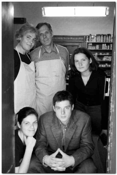 En bild på familjen Maftei, tagen för några år sedan. Bild: Claymoor's List