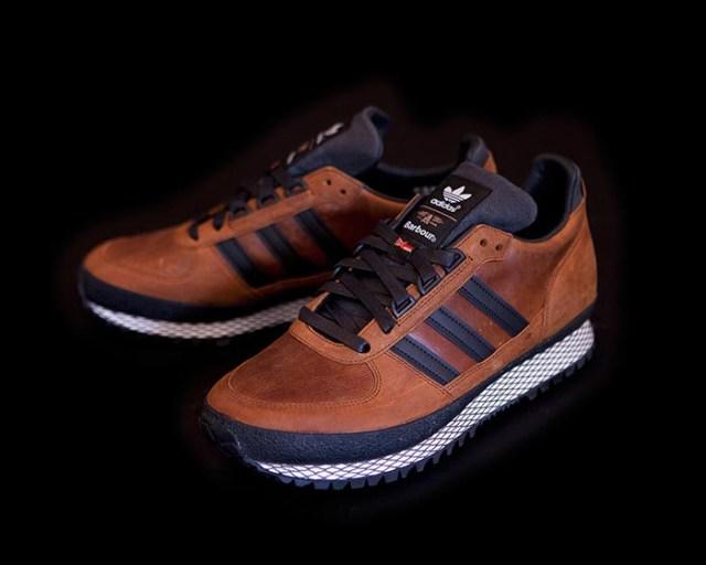 Adidas Originals en Barbour ontwerpen collectie. Adidas x Barbour: collectie schoenen en jassen met thema's als Country, Militairy en Spectator.