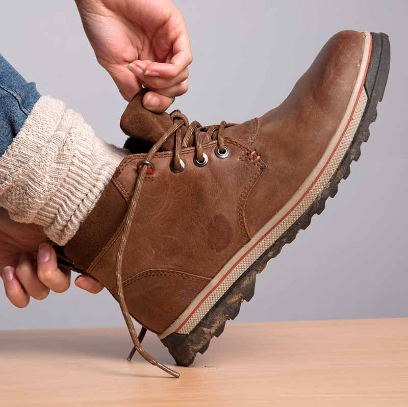Keep Your Feet and Your Work Boots Dry with These Tips ...