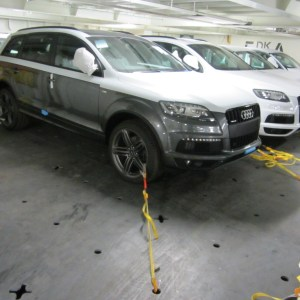 ship SUV car from UK to Cyprus with RORO