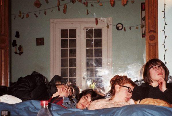 Las cuatro integrantes de Bad Canoes, de promo
