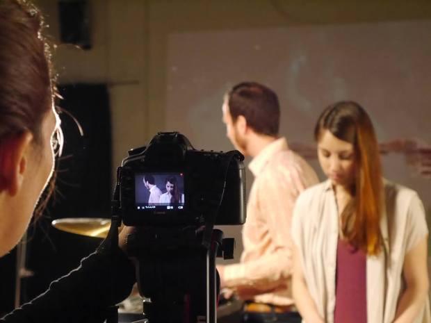 Un momento de la grabación del clip