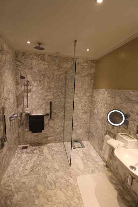 Chambers Wing Bathroom