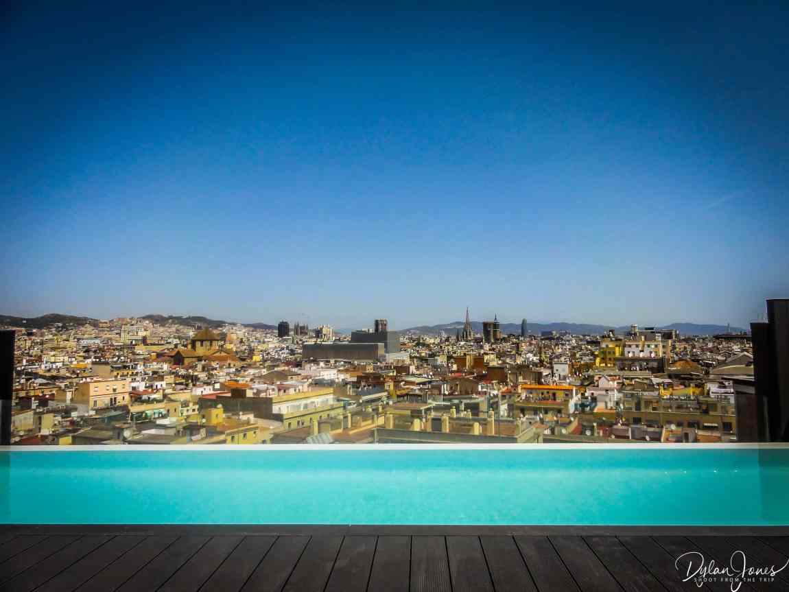 Rooftop Infinity Pool at Hotel Adnante