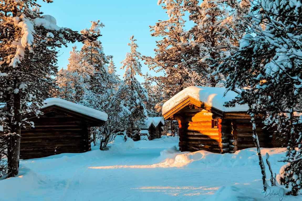 The log cabins at Kakslauttanen East Village