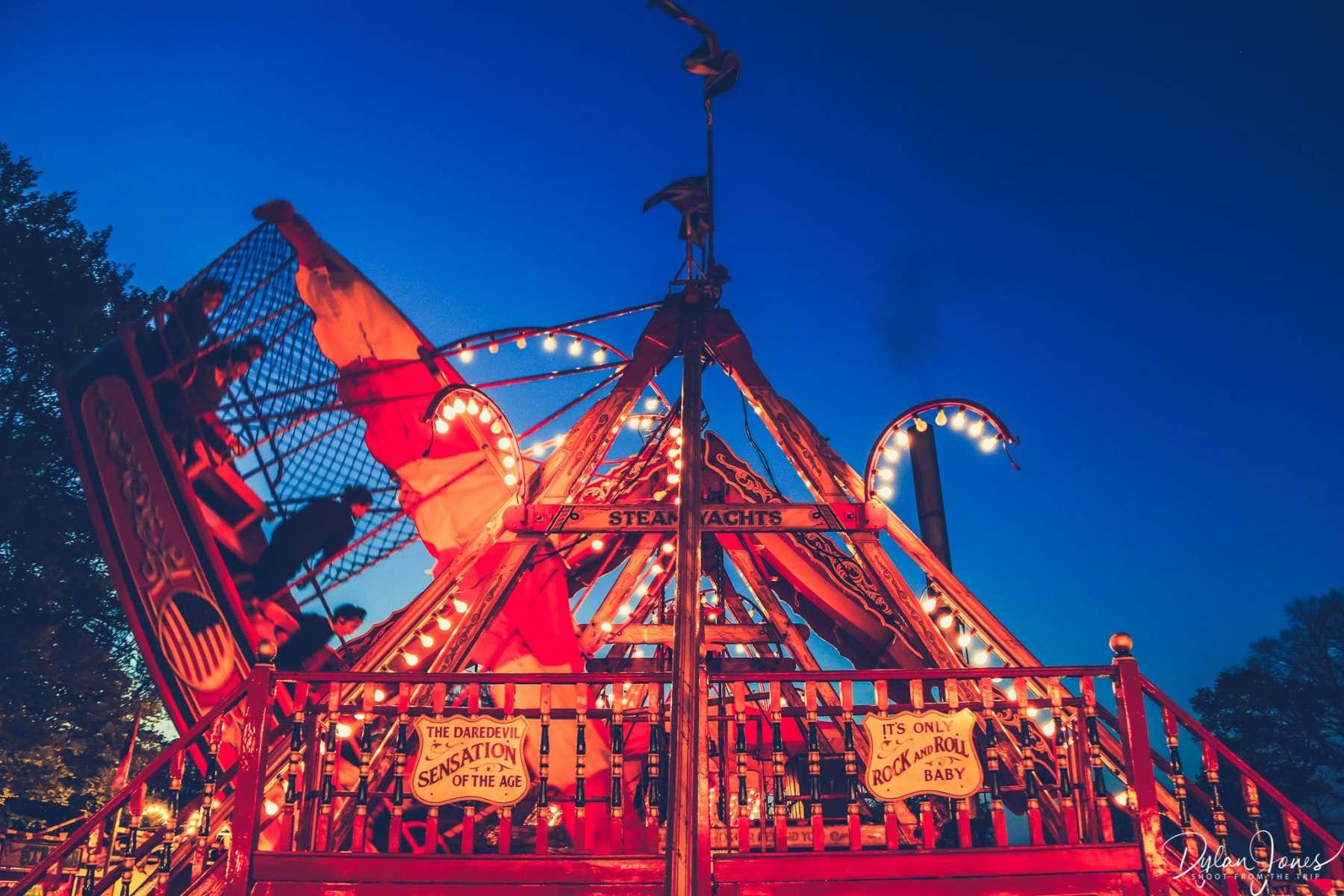 Ad A Vintage Fairground Experience At Carters Steam Fair Shoot