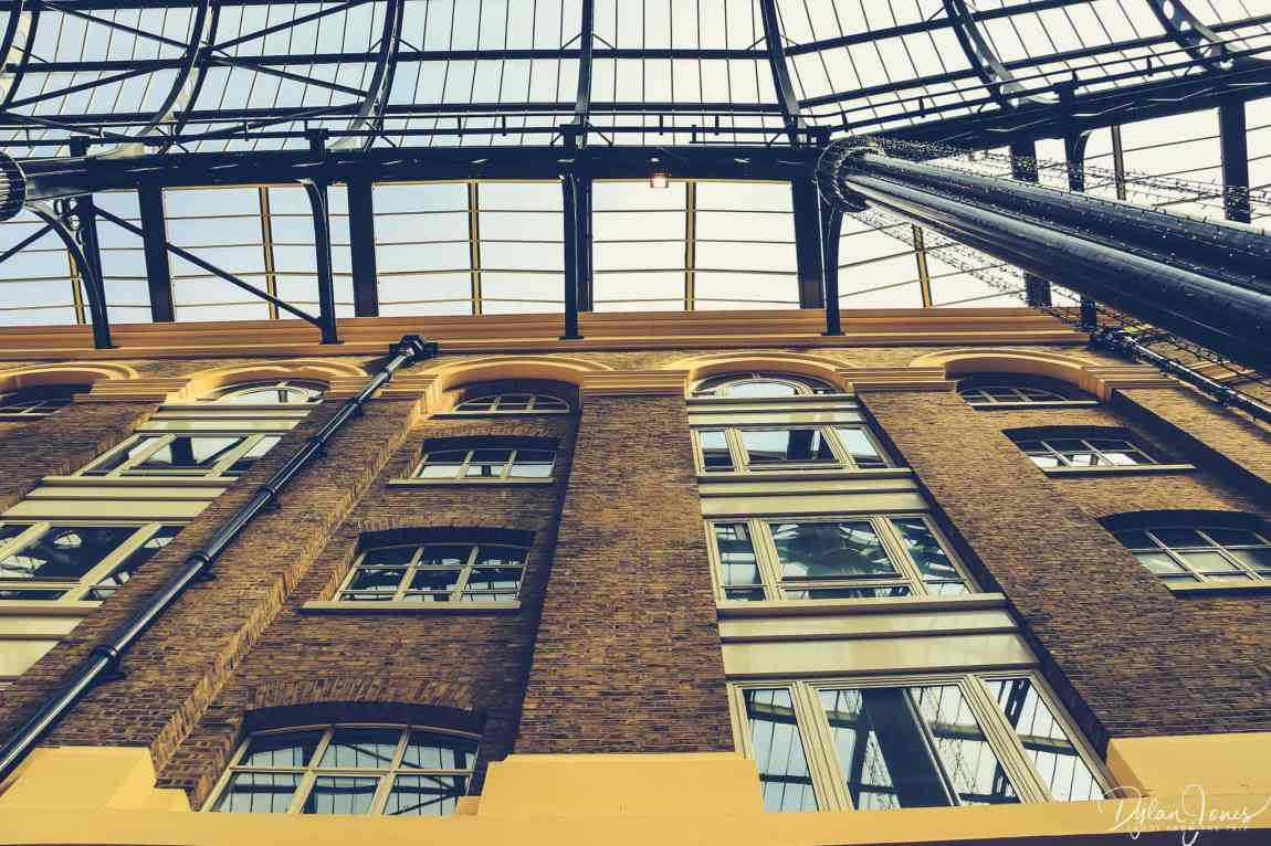 Looking up in Hay's Galleria