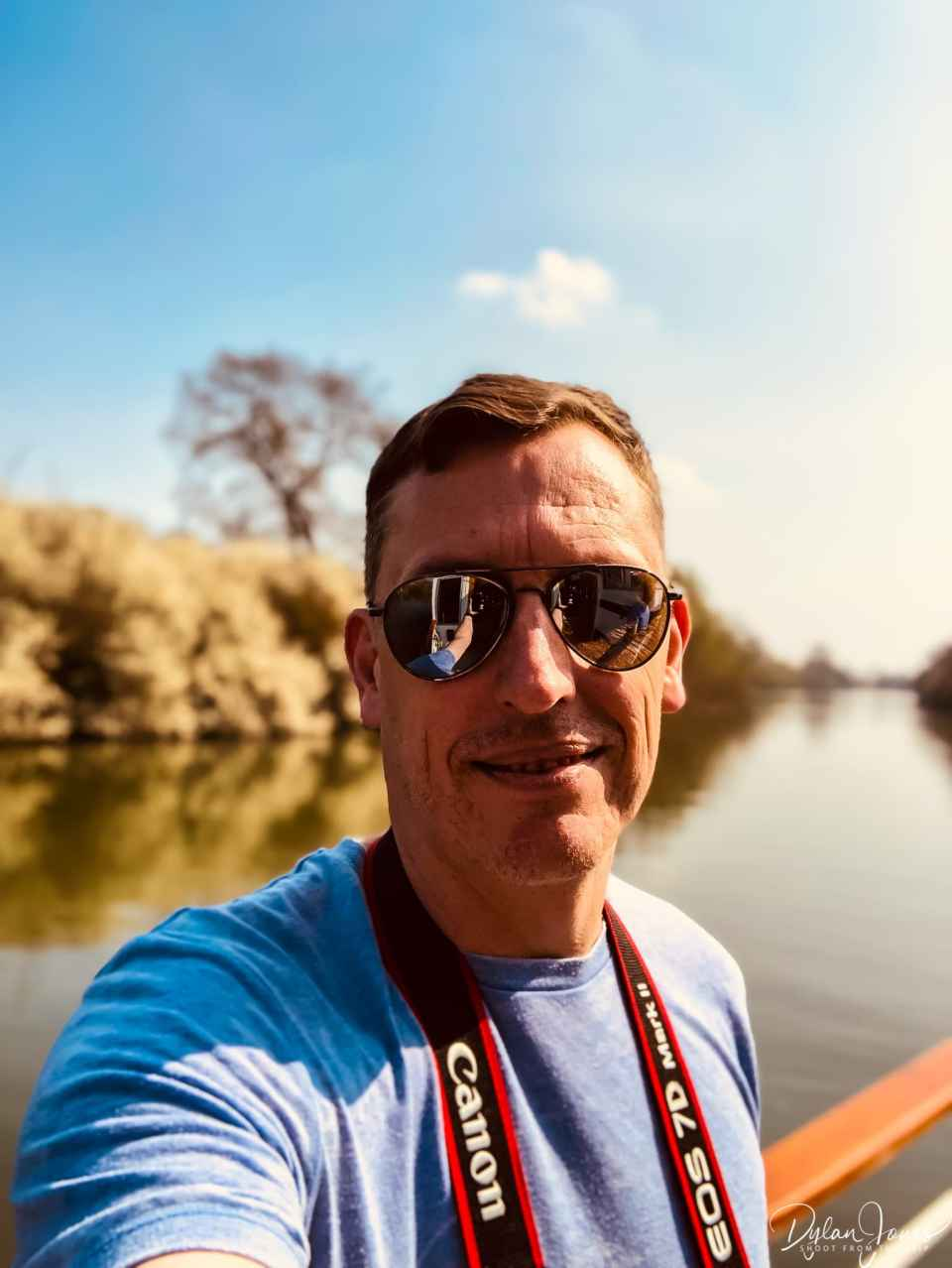 A sunny day selfie on the Thames Rivercruise