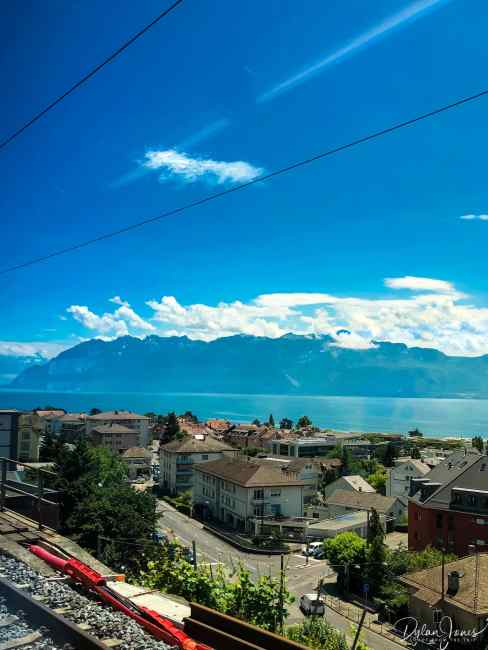 Stunning Lake Geneva scenery from the train