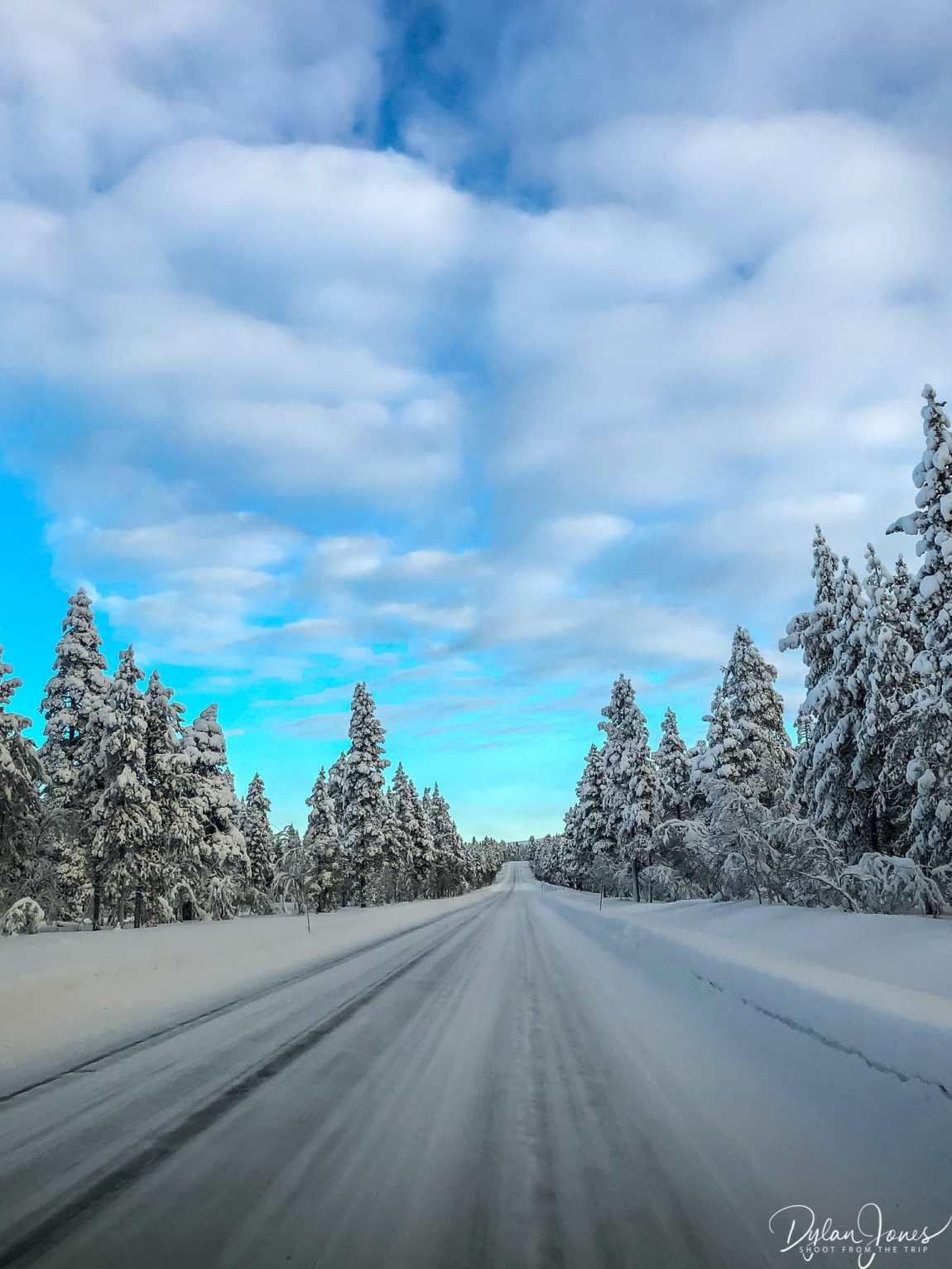The snowy road to Kiilopää
