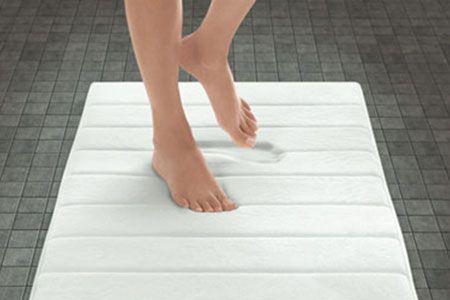 tapis de bain a memoire de forme haute densite et anti derapant