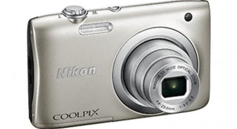 Φωτογραφική Μηχανή Nikon Coolpix A100 Silver & Θήκη