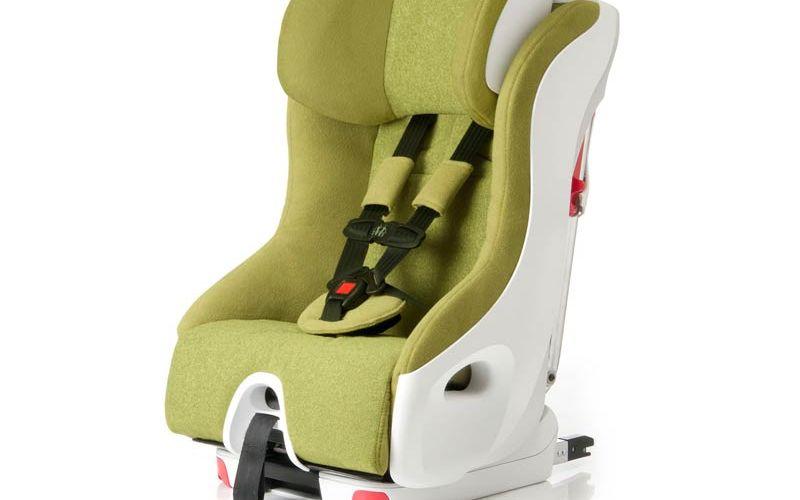 Clek Foonf vs Britax Advocate Clicktight – The Car Seat Dilemma