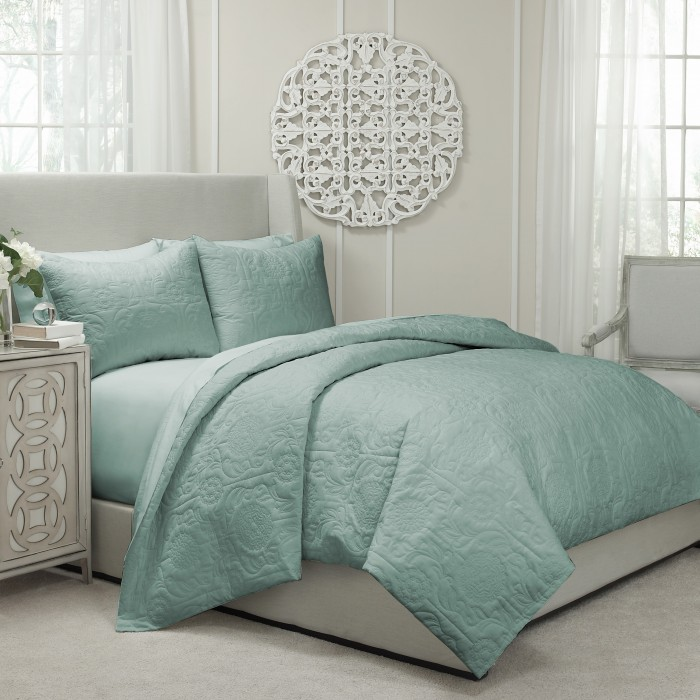 Vue Barcelona Quilted Coverlet and Duvet Ensemble
