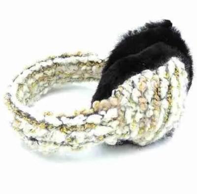 knit earmuff side