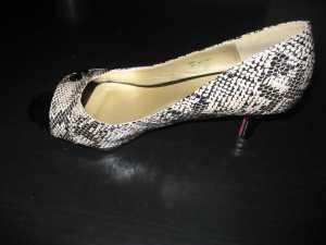 ShoeDazzle Vena