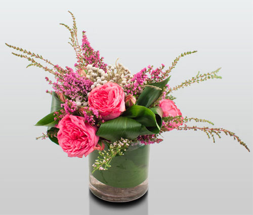 Flowers make great Valentine's Day Gifts for Her!