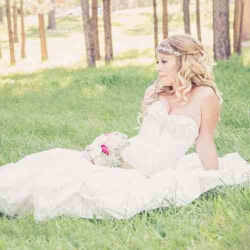 Wedding dresses with sweetheart necklines are great for busty figures   ShopGirlDaily.com