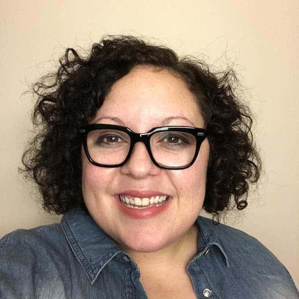 Short Curly Haircut - Lisa Koivu | ShopGirlDaily.com