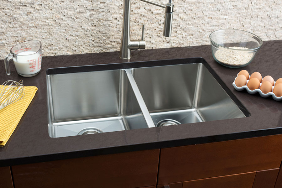 hahn kitchen sinks table sets small radius large equal double bowl sink