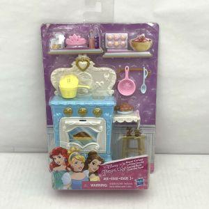 Disney Princess ROYAL KITCHEN Playset – New