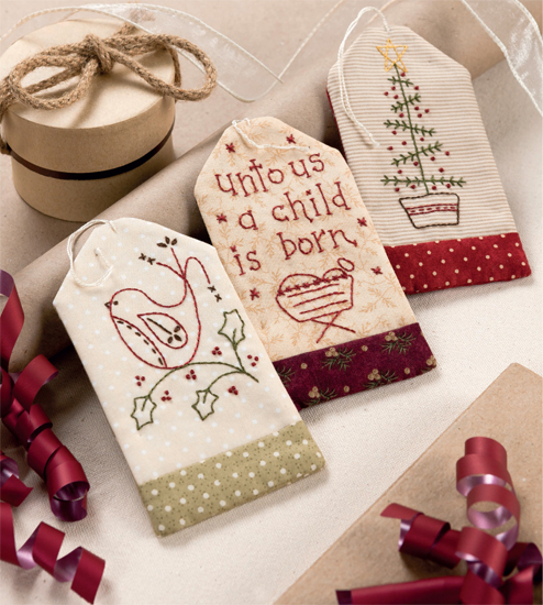 Martingale Christmas Patchwork Loves Embroidery Print