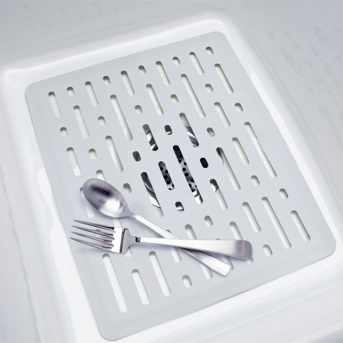 rubbermaid small antimicrobial sink mat