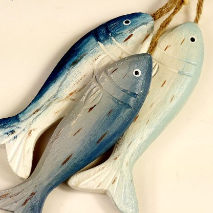 Tiddler fish on a rope