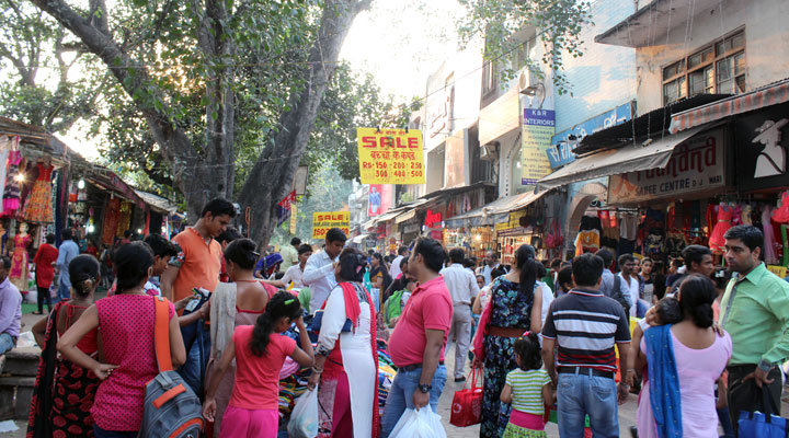 5 things to remember before going to shopping to Sarojini Nagar Market