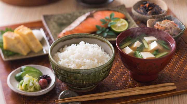 Reasons Japanese Women Stay Slim