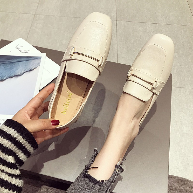 【預購】35~43碼 ♥ 足碼女鞋系列.簡約金屬線條超好走小皮鞋~3色